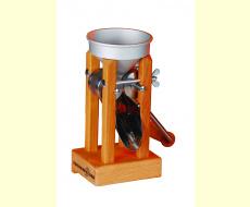 Flocker Kornquetsche Tischmodell Alutrichter